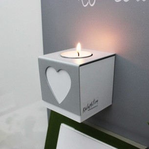 MAGNETIC CUBE WITH CANDLE...