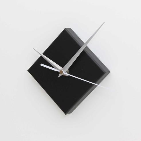 SQUARE MAGNETIC CLOCK / MATT BLACK
